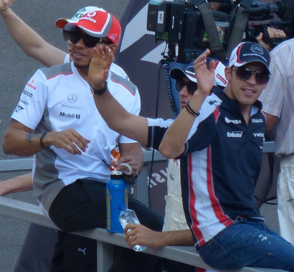 Pastor Maldonado and Lewis Hamilton in the drivers' parade